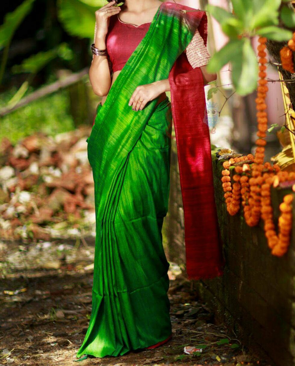 3fbba765d38f2b Green Red Pure Handloom Tussar Ghicha Silk Saree for Online Shopping ...